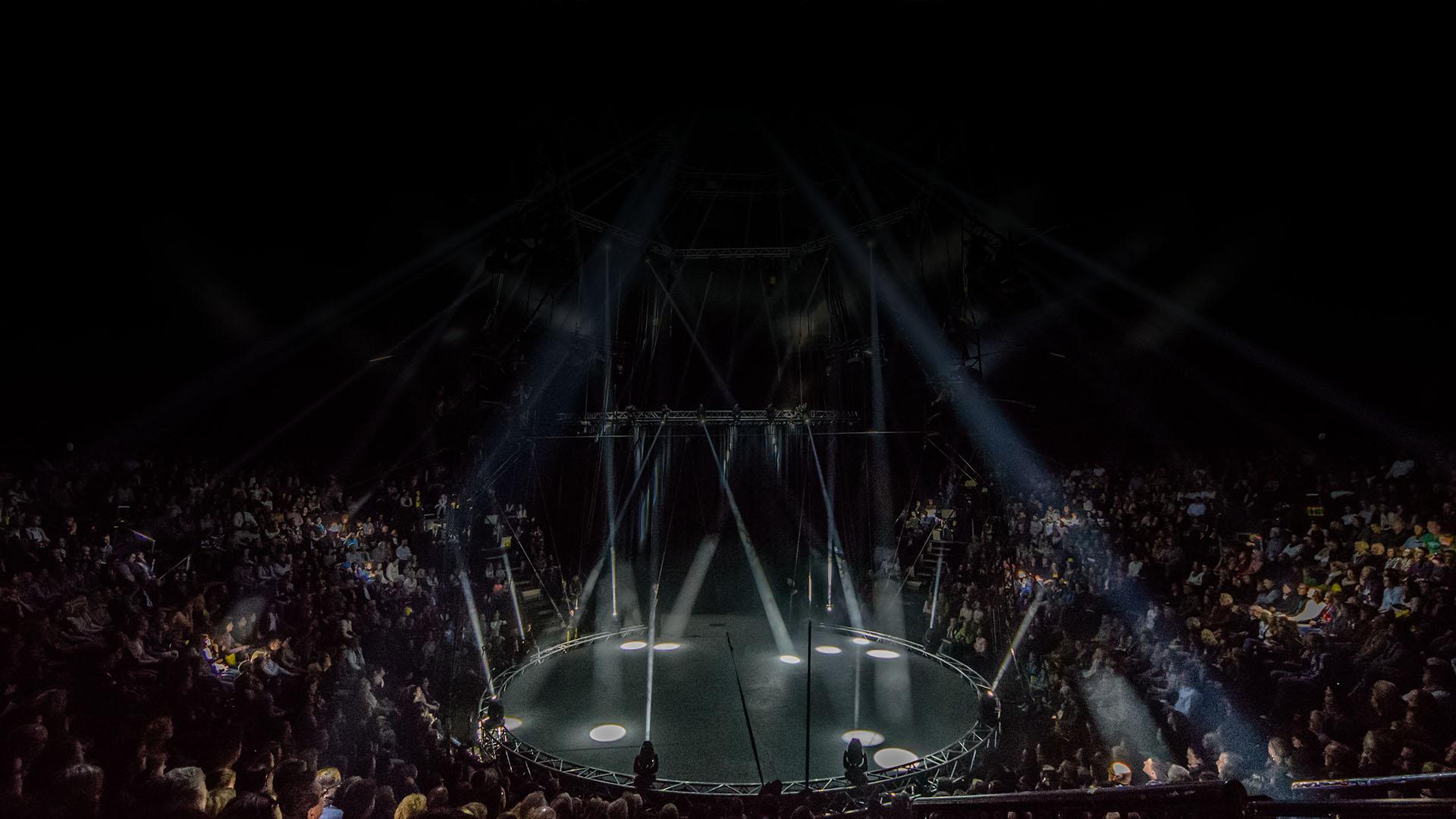 Eine Show voll Action, Adrenalin, Artistik auf der Bühne